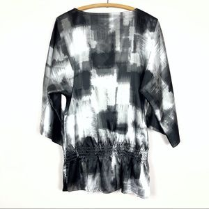 Chico's Tops - 🌿 Chico's abstract blouse
